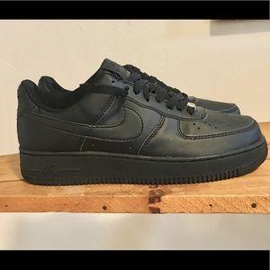 Men's Air Force 1 '82 Black Low Top Shoes size 7